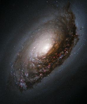 Galáxia do Olho Negro - M64