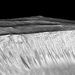 NASA – Marte possui água no estado líquido