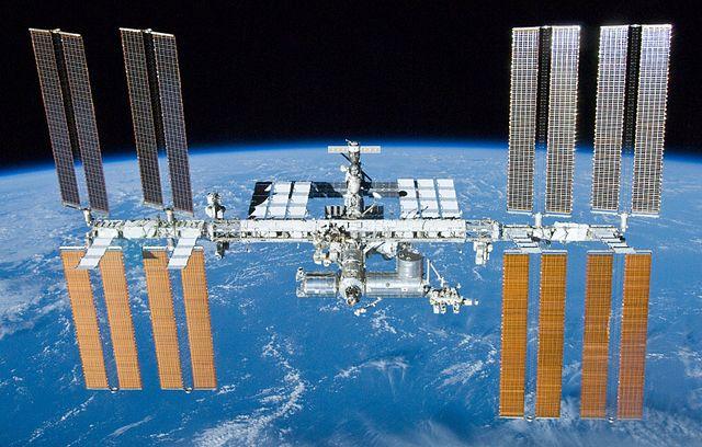 Estação Espacial Internacional (EEI) - International Space Station (ISS)